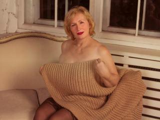 Webcam Snapshot for BlondMilfBBW