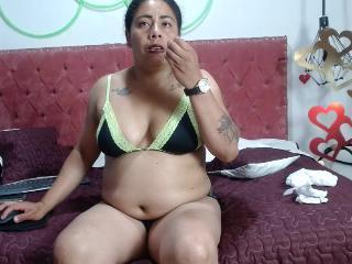 Webcam Snapshot for bigboobs_hot1
