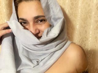 Webcam Snapshot for Honey_Leyla